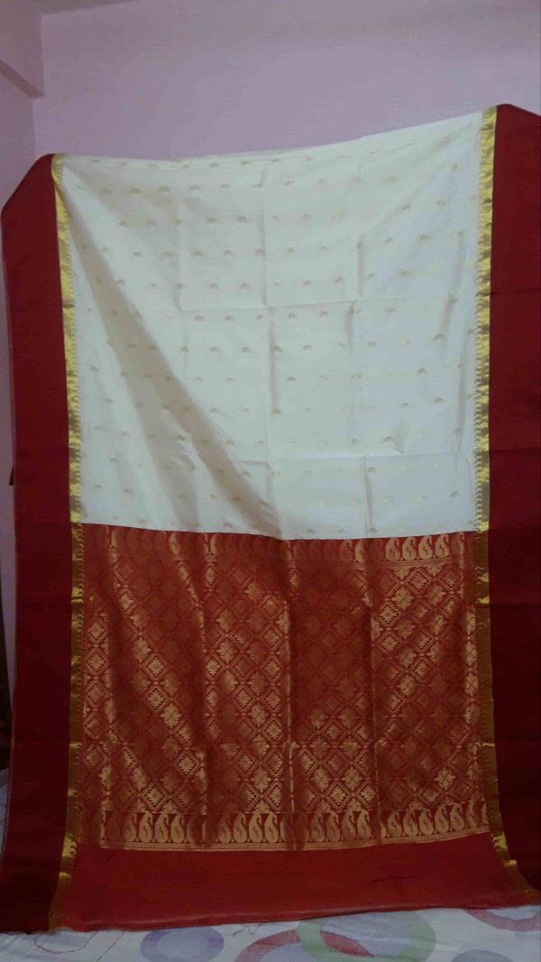 Garad Silk Saree - Off White and Red 2-min