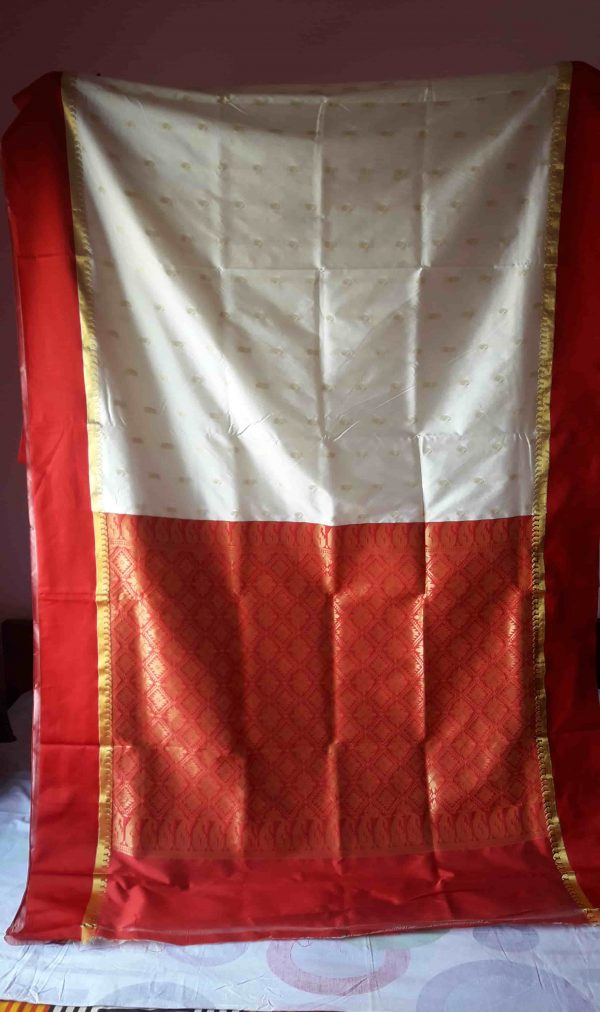 Garad Silk Saree - Off White and Red 3-min